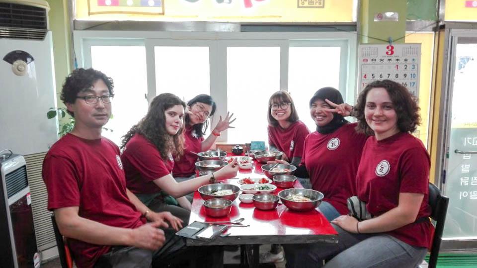 Câu chuyện tình nguyện của tôi (Kỳ 3): Thăm thú Busan và WWOOFing ở nông trại gà đen tỉnh Chungcheonam-do